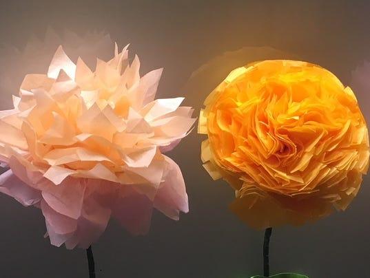 636607841359680466-AAP-AS-0506-Paper-Bouquets.jpg