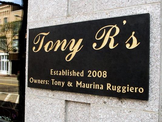 ELM 0821 TONY R'S