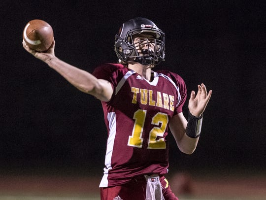 Tulare Union's Nathan Lamb passes against Monache in