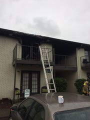 A Monday morning apartment fire Murfreesboro displaced