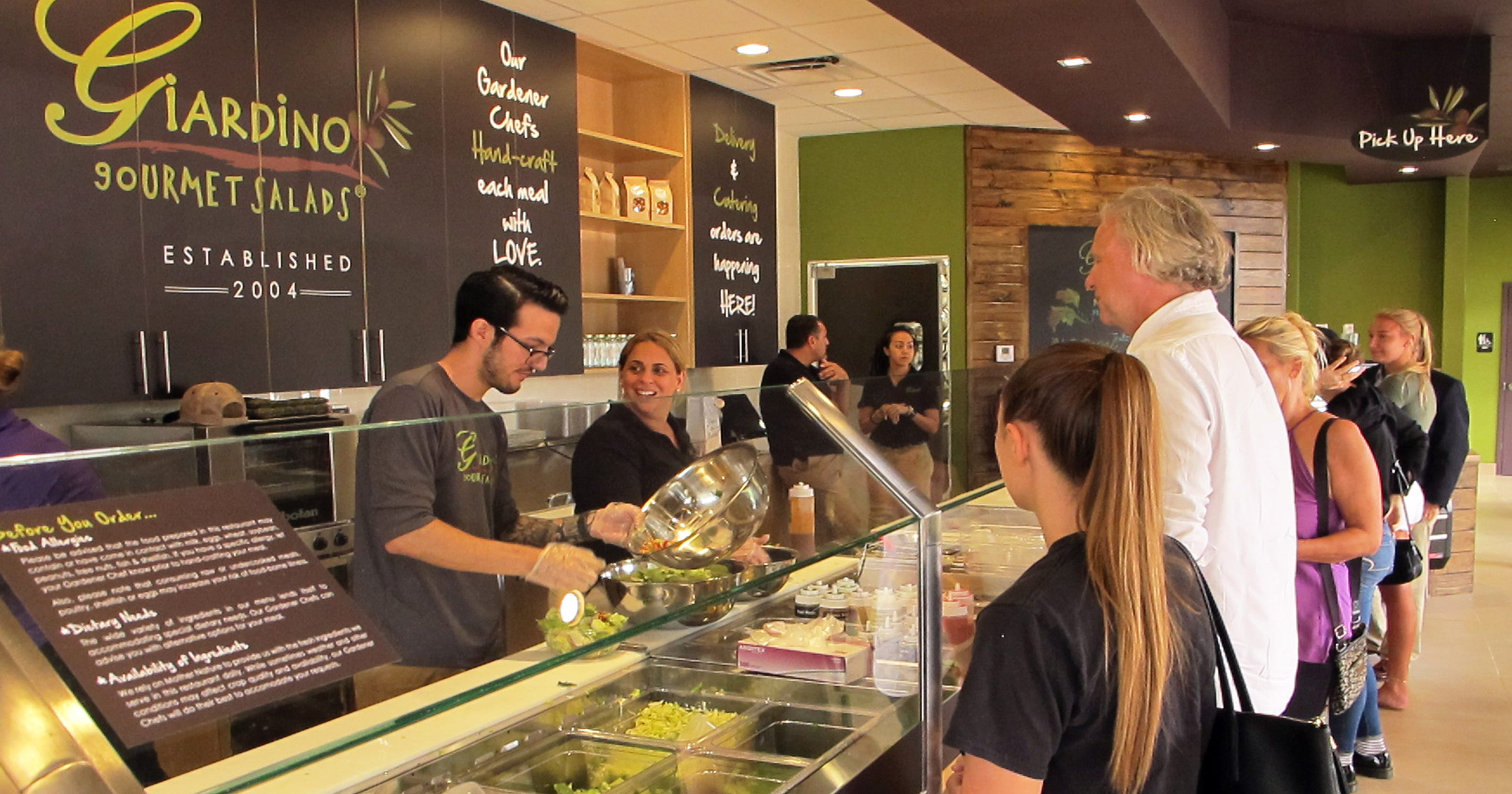 In the Know: Giardino Gourmet Salads launches Naples restaurant