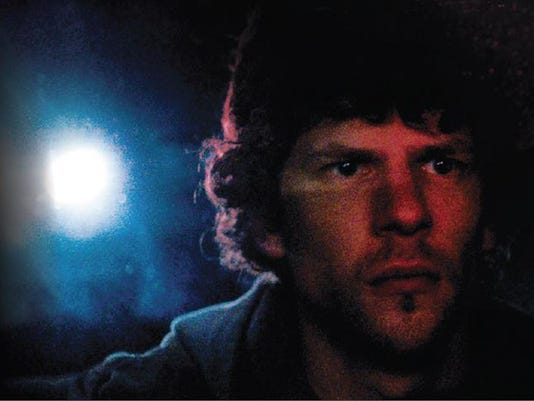 night-moves-jesse-eisenberg-2.png
