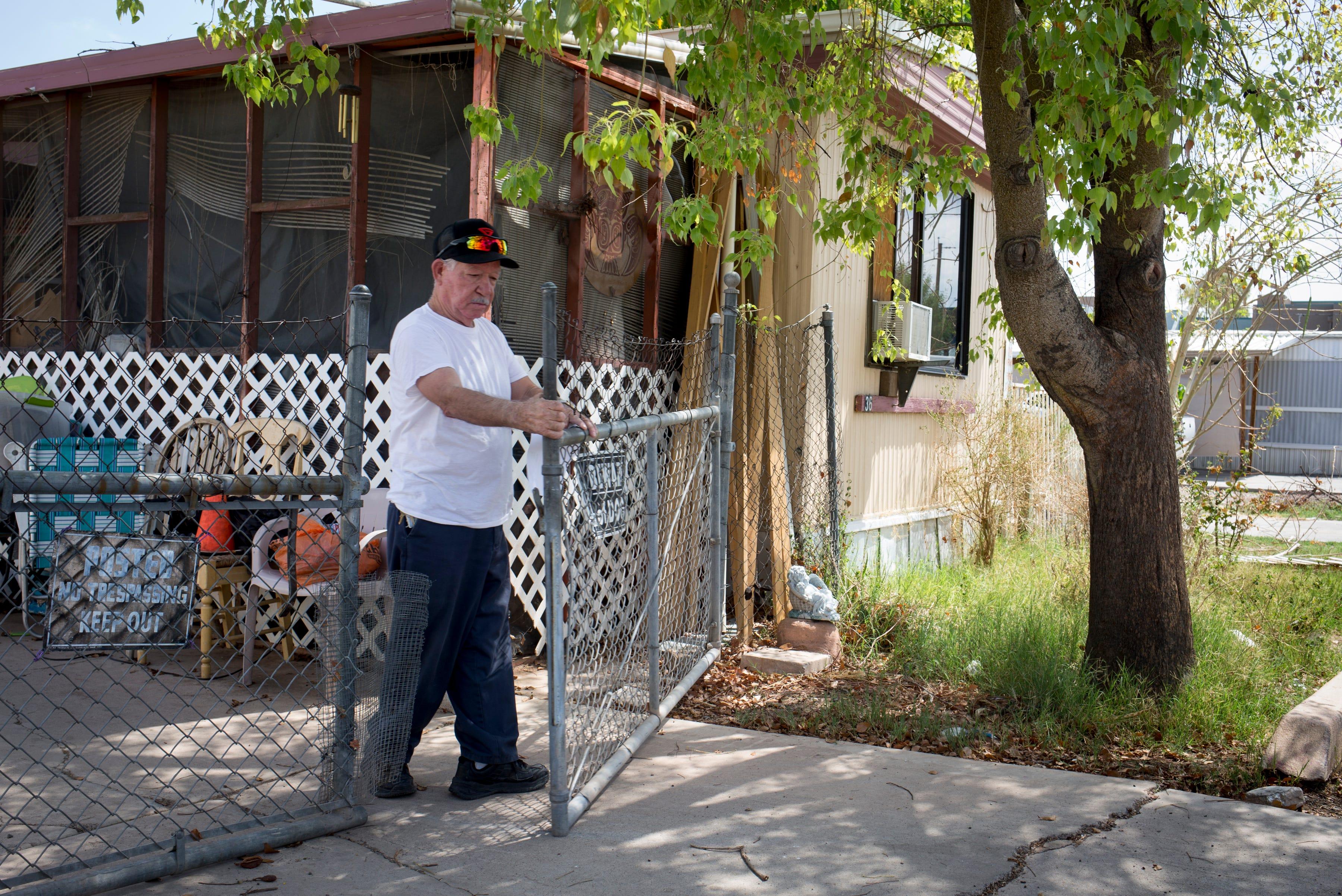 as land values rise in phoenix area mobile home parks disappear rh azcentral com Mobile Home Park Phoenix Arizona Manufactured Homes Phoenix Arizona
