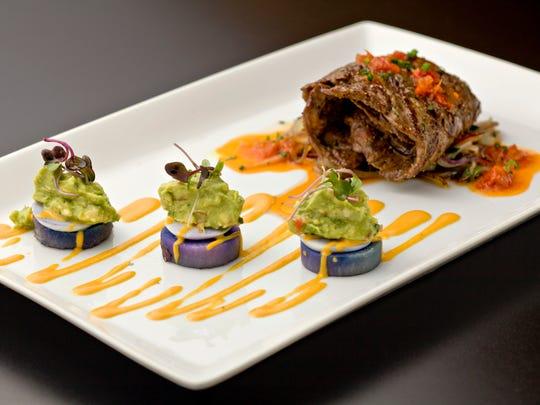 The kobe vaca encebollada, grilled kobe skirt steak