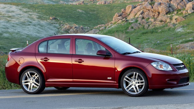 General Motors has agreed to pay the maximum $35 million fine for delaying the recall of Chevrolet Cobalt (2009 model  pictured here) and other small cars for a deadly problem with the ignition switch.