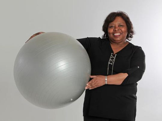 Leisa Richardson, a Star editor, is trying to lose 30 pounds as part of the Indy 3-Month Fit Challenge. She wants to do it by stepping up her physical activity. Those editors spend lots of time sedentary at their desks fixing copy.
