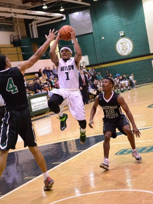 Dequon Miller drives to the basket in a game this season for Motlow State. He committed to Missouri State on Tuesday night.