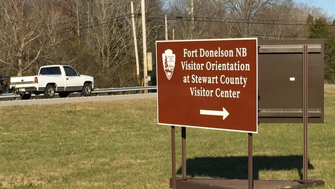 New signage has been placed in front of Stewart County Visitor Center to direct visitors to Fort Donelson's temporary visitor center while the park's facility is being renovated.