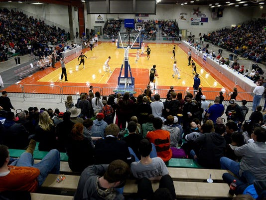 -02252017_northern c crowd-a.jpg_20170225.jpg