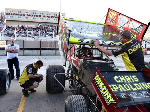 Justin Boese and Mike Sweeter get Terry McCarl's car