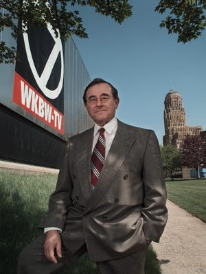 Rochester native Irv Weinstein served as news anchor at WKBW -TV (Channel 7) in Buffalo before his retirement in 1998. Weinstein died on Dec. 26 at age 87.