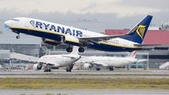 Passengers report bleeding ears after Ryanair flight loses cabin pressure