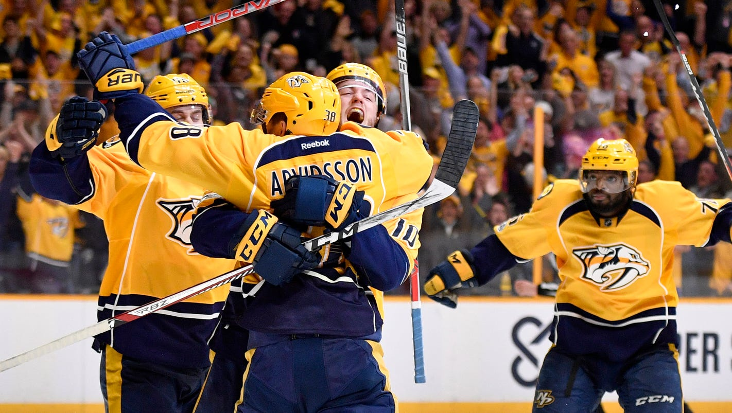 636283241942889939-preds-blackhawks-game4-065