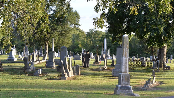 Walk through the Gallatin City Cemetery and meet the spirits buried there in the Candlelight Cemetery Tour.