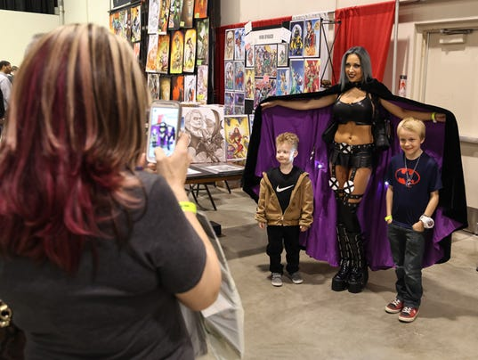 Live From Motor City Comic Con Day 2