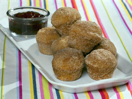 Doughnut Puffs with Dipping Sauce