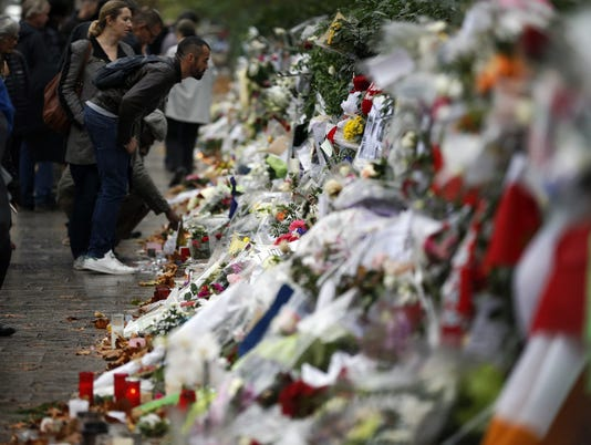 635835591609277097-France-Paris-Attacks.jpg