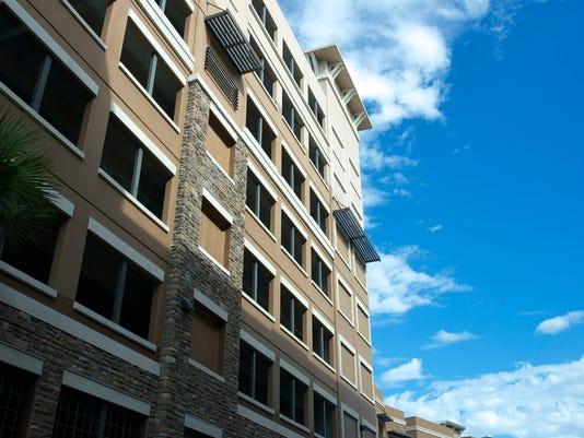 635549952857460143-Marquee-garage-facade