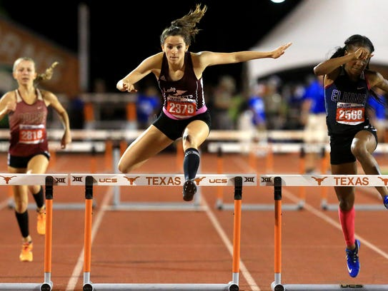 Flour Bluff's April Polansky competes in the 5A girls