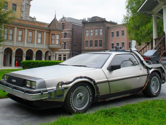 delorean sports cars going back into production. Black Bedroom Furniture Sets. Home Design Ideas