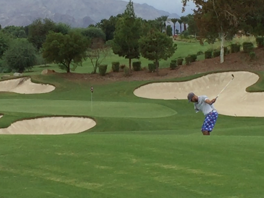 One-armed golfers play in Indian Wells