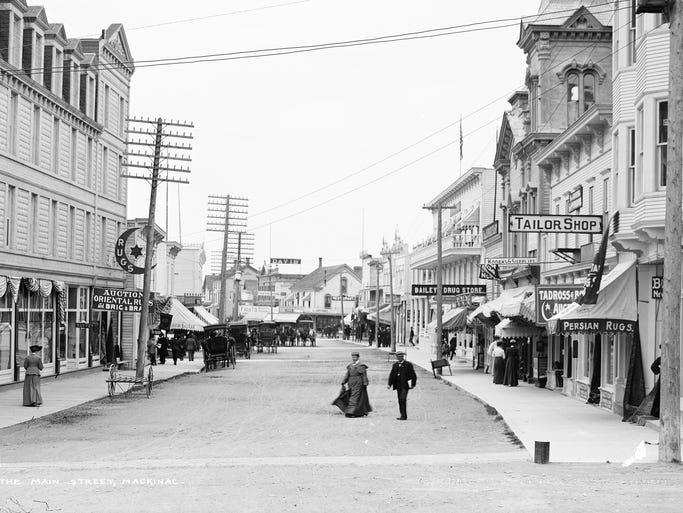 Main Street, Mackinac Island in 1905 was a well-established