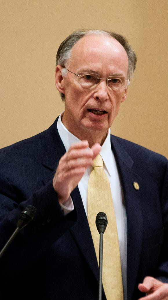 Alabama Governor Robert Bentley speaks to legislators at the last session of legislative orientation at the state Capitol, Thursday Dec. 11, 2014, in Montgomery.   Bentley suggested that he could support a Medicaid expansion similar to that employed by Arkansas.