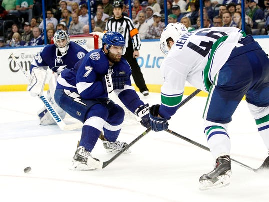 3-17-14 lightning canucks