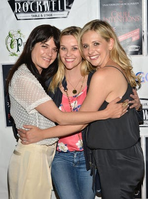 Selma Blair, Reese Witherspoon and Sarah Michelle Gellar at Rockwell Table & Stage on May 28, 2015 in Los Angeles.
