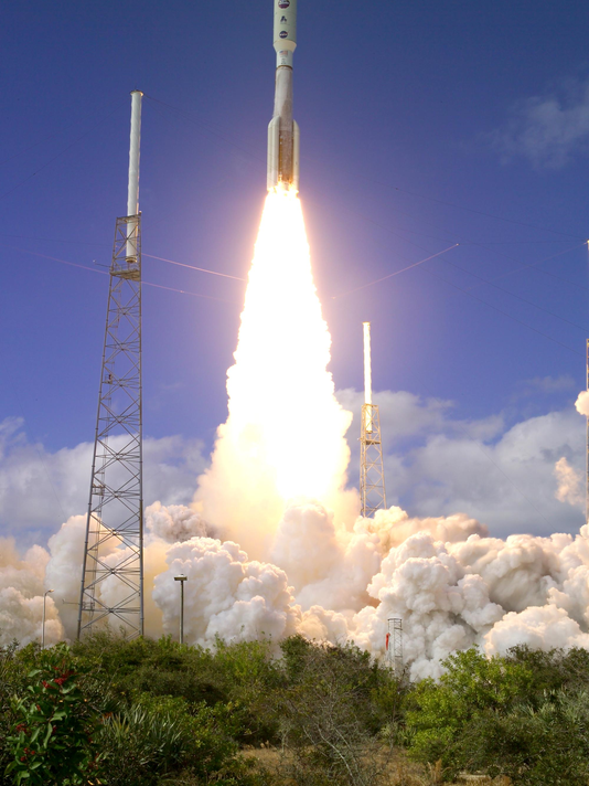635890828049639054-new-horizons-launch-av-jan19-2006.png