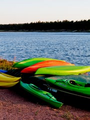 The Fool Hollow Lake Recreation Area offers cool pine forests surrounding the 150-acre lake.