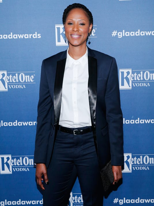 2017-4-15 holdsclaw
