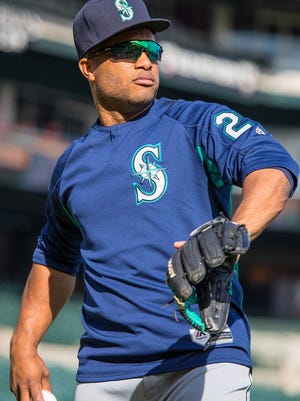 Seattle's Robinson Cano warms up prior to a MLB game against the Detroit Tigers at Comerica Park on April 25, 2017 in Detroit, Michigan.