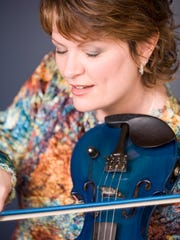 Eileen Ivers will return to Milwaukee's Irish Fest