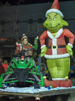 The Oshkosh Holiday Parade 2016 kicked off the season last year.