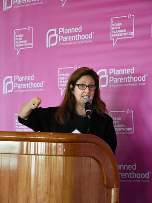 National journalist Dahlia Lithwick preaches to the choir, delivering a message her audience was primed to hear. Lithwick spoke to a Planned Parenthood luncheon on Dec. 14 at the Naples Sailing & Yacht Club.