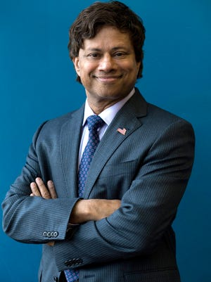 Gubernatorial candidate and Democrat Shri Thanedar on Tuesday, April 10, 2018 at the Detroit Leadership Academy in Detroit.