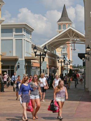 The scene at the grand opening of the Outlet Shoppes in 2014.
