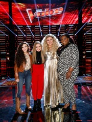 "Team Kelly members Chevel Shepherd, left, Sarah Grace, Kelly Clarkson and Kymberli Joye are featured on the stage of ""The Voice"" at Universal Studios on Nov. 27. Shepherd and Grace, both of whom are among the final 10 competitors, have become good friends over the course of the season."