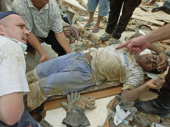 March 28, 2005: 1,300 dead in Indonesia. Earthquake