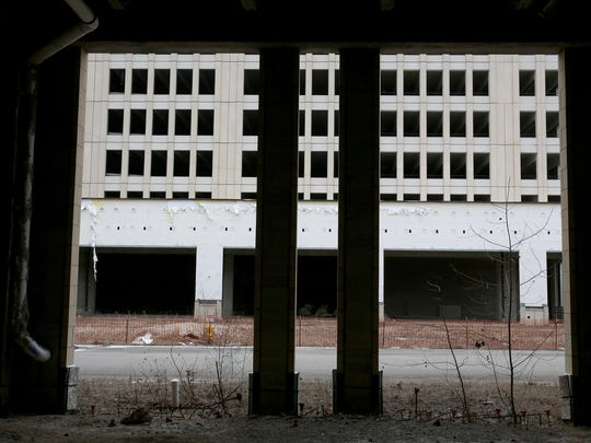 The abandoned Bloomfield Park in Pontiac on Wednesday, February 15, 2017. Southfield-based Redico will be developing the site into the Village at Bloomfield.