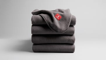 New on Emirates: Blankets made from recycled plastic