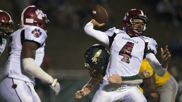Asheville High quarterback Devon Davidson (4).