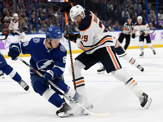 Oilers_Lightning_Hockey_88904.jpg