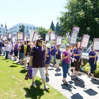 SEIU Local 503 marches to the Department of Administrative