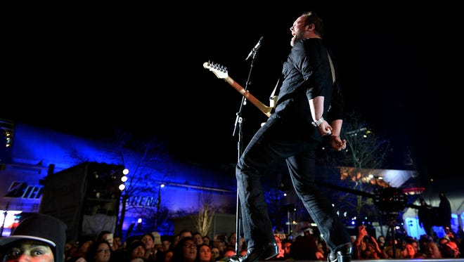 Lee Brice performs during the NHL All-Star Outdoor Concert Series at the Bridgestone Winter Park.