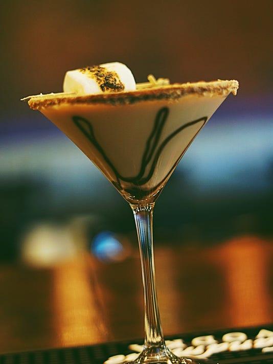 636542206590537455-Encore-S-mores-martini.jpg