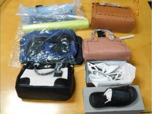 636257381259974029-purses-ephraim.JPG