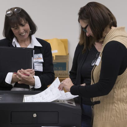 Michigan starts recount, Wisconsin keeps on
