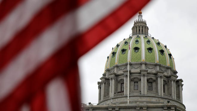 The Pennsylvania Capitol building is shown Wednesday, Oct. 7, 2015, in Harrisburg, Pa.